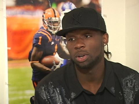 Mike Williams is returning to Syracuse