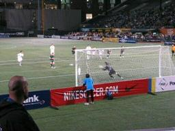 Timbers' David Hayes scores against the Minnesota Thunder