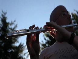 Flute Fandango tries to break world record for flutists in an ensemble