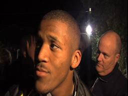 Video: Ducks RB LaMichael James hobbles off the field, but says he's OK