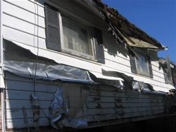 Clean Sweep: Neighbor describes crumbling house near Henninger High School in Syracuse
