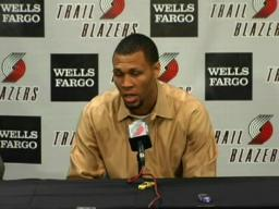 Full video: Brandon Roy signs contract extension with Blazers