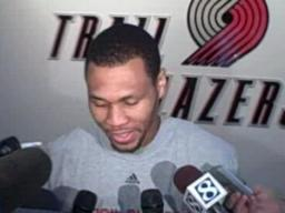 Brandon Roy talks about his knee surgery