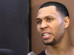 Brandon Roy lists himself as questionable
