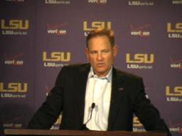 LSU video: Miles press conference, 10-18-10