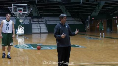 Tulane Basketball video: the strategy