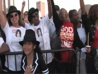 Michael Jackson candlelight vigil at Rock and Roll Hall of Fame