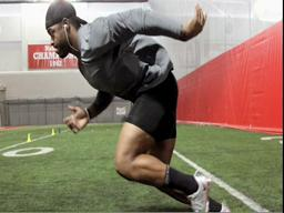 Ohio State defensive end prepares for NFL combine