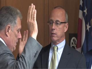 Dave Reines sworn in as Cuyahoga County auditor, replacing Frank Russo