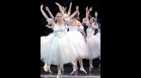 'Waltz of the Snowflakes' by Grand Rapids Ballet Company's 2010 'Nutcracker'