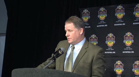 BCS National Championship: Chip Kelly and the Ducks arrive in Phoenix