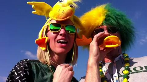 Oregon Duck fans tailgate in Arizona
