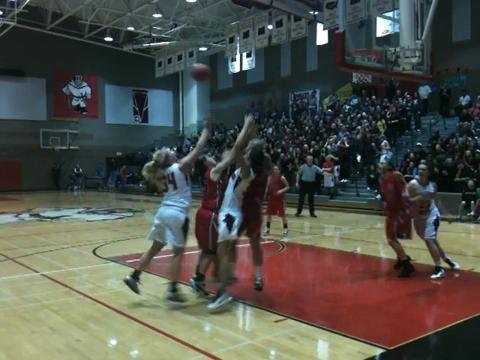 Clackamas at Oregon City girls basketball