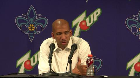 New Orleans Hornets Coach Monty Williams on how David West is like Hakeem Olajuwon: video