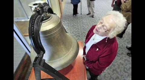 Bell from doomed ferry on display
