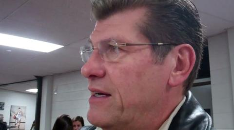 UConn coach Geno Auriemma on top recruit Kaleena Mosqueda Lewis