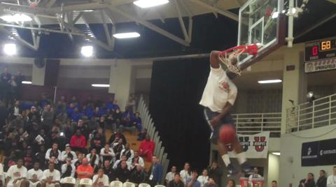 Hoophall Classic Dunk Contest: Ike Nwamu wows crowd, Dee Brown with dunks