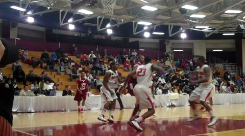 Savon Lloyd-Goodman (Villanova) with the dunk - 2011 Hoophall Classic highlights