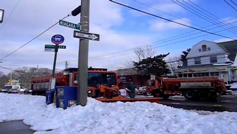 Staten Island videographer captures poor post-blizzard road conditions, confronts Sanitation workers