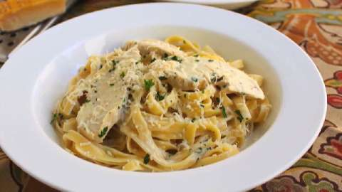 lite chicken fettuccine alfredo recipe