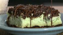 St. Patrick&#39;s Chocolate &amp; Mint Cheesecake Bars
