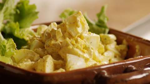 delicious egg salad for sandwiches see how to make a classic egg salad ...