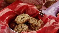 Beth&#39;s Spicy Oatmeal Raisin Cookies