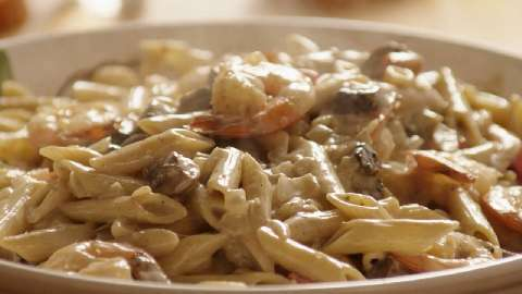 Recipe with chicken shrimp and pasta