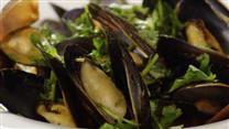 Thai Steamed Mussels