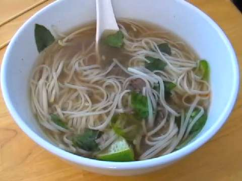 images Beef and Ginger Broth with Noodles Recipe