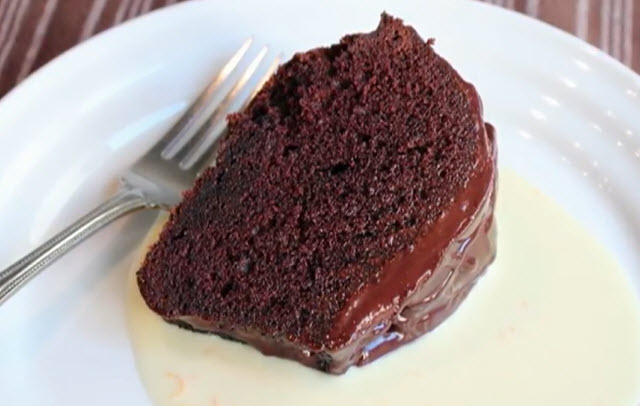 Sour cream chocolate cake recipe nz