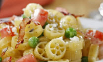 Mini Wheels with Peas, Ham and Tomato
