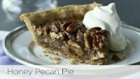 How to make a delicious Honey Pecan Pie
