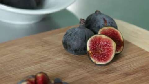 The health benefits of figs and delicious fig recipes