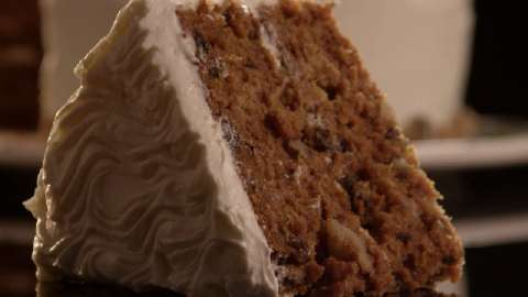 Best carrot cake recipe with raisins