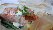 How to Make Salmon in Parchment