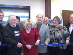 Ribbon Cut 200 Silver St