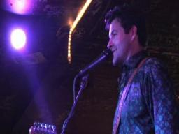 Tab Benoit asks fans to give La. a hand