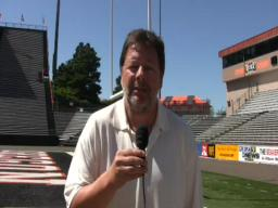 The Oregonian's Paul Buker on Oregon State's first scrimmage