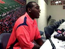 SU Defensive Tackle Arthur Jones