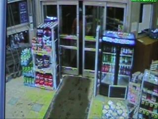 Suspect sought after stealing toothbrush, threatening clerk at Syracuse Rite Aid