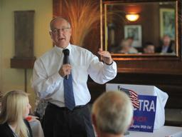 Peter Hoekstra campaigns for Michigan Governor