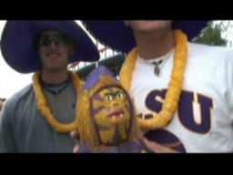 Video: LSU fans in Omaha
