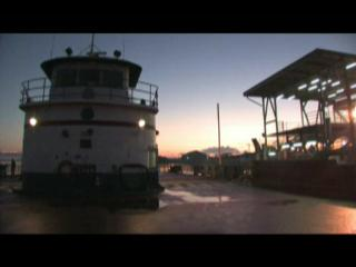 Video: Gretna, La. ferry starts new route