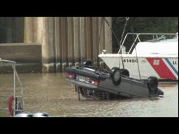 Car Recovered From Under Judge Seeber Drawbridge