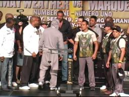 Mayweather-Marquez: Floyd weighs in at 146 pounds