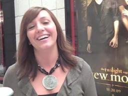 Fans react to Twilight Saga: New Moon at GR premiere 