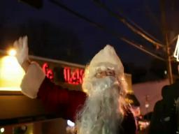 Santa visits Forest Ave.