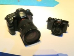 CES 2013: Sony digital cameras