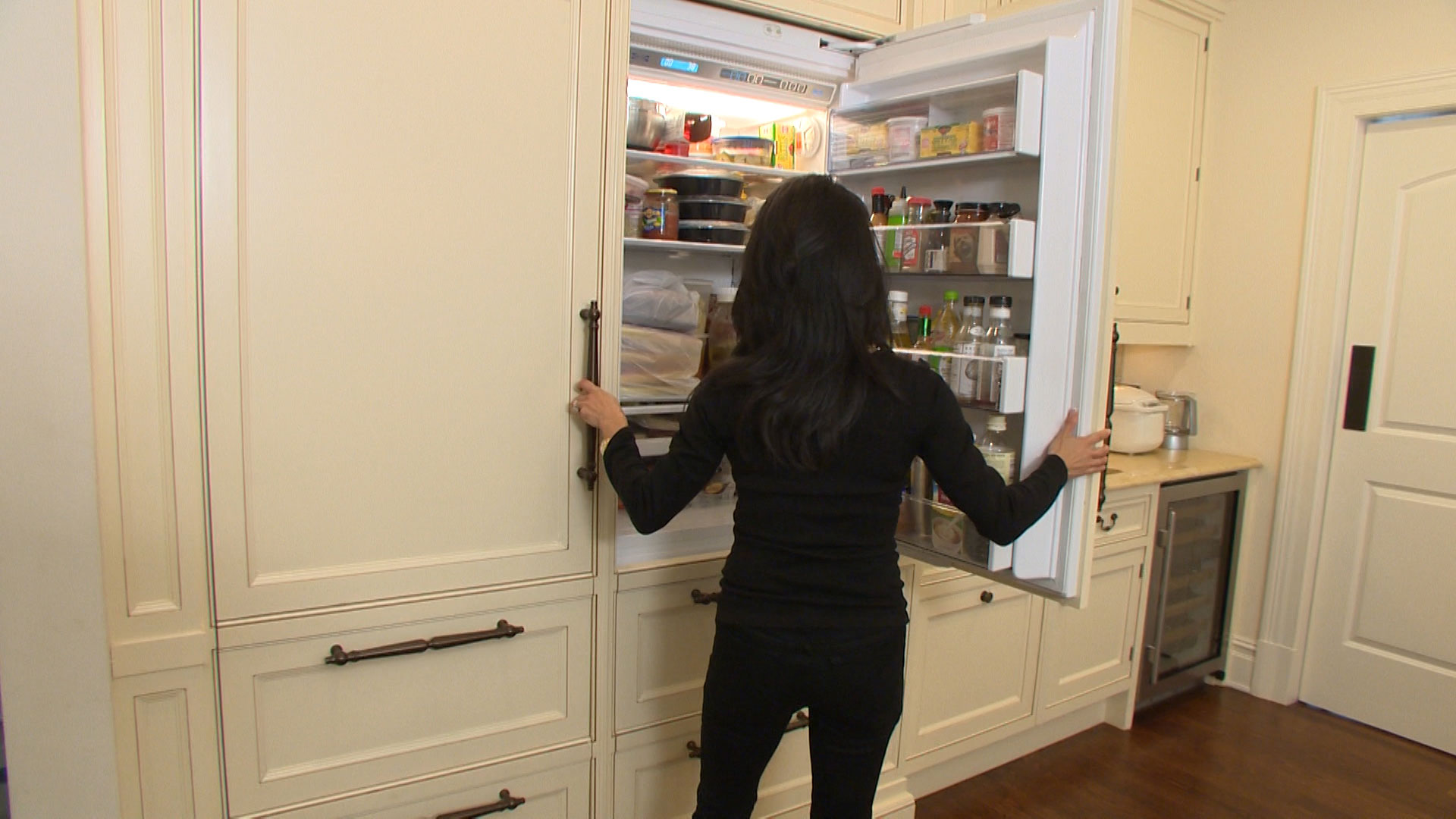 Matching Kitchen Appliances When A Counter Depth Refrigerator Is The Best Fit Consumer Reports
